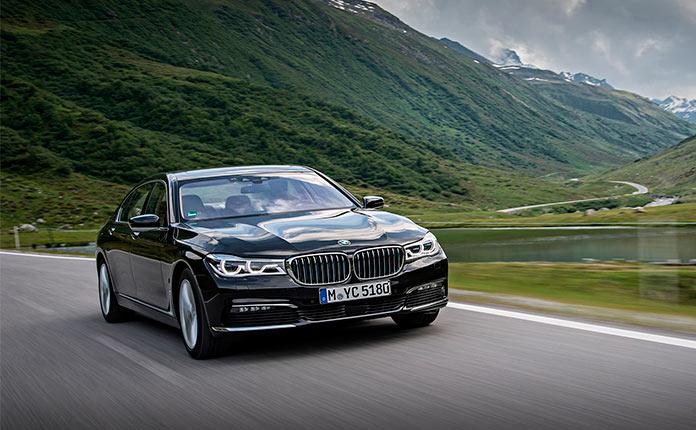BMW 740e xDrive фото