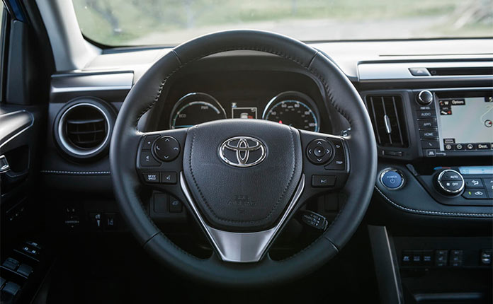 руль toyota rav4 hybrid 2016