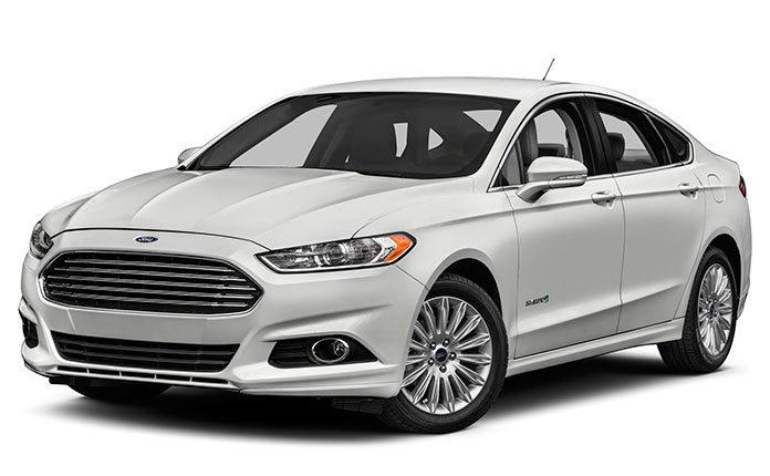 обзор Ford Fusion Hybrid SE