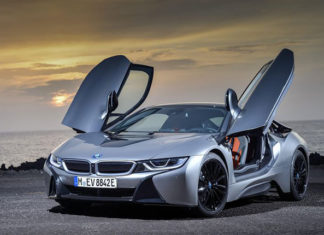 BMW i8 Coupe 2018 фото