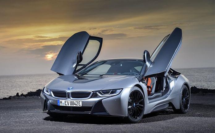 BMW i8 Coupe 2018 фото