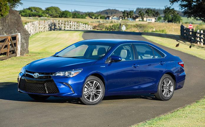 Toyota Camry Hybrid 2015 фото